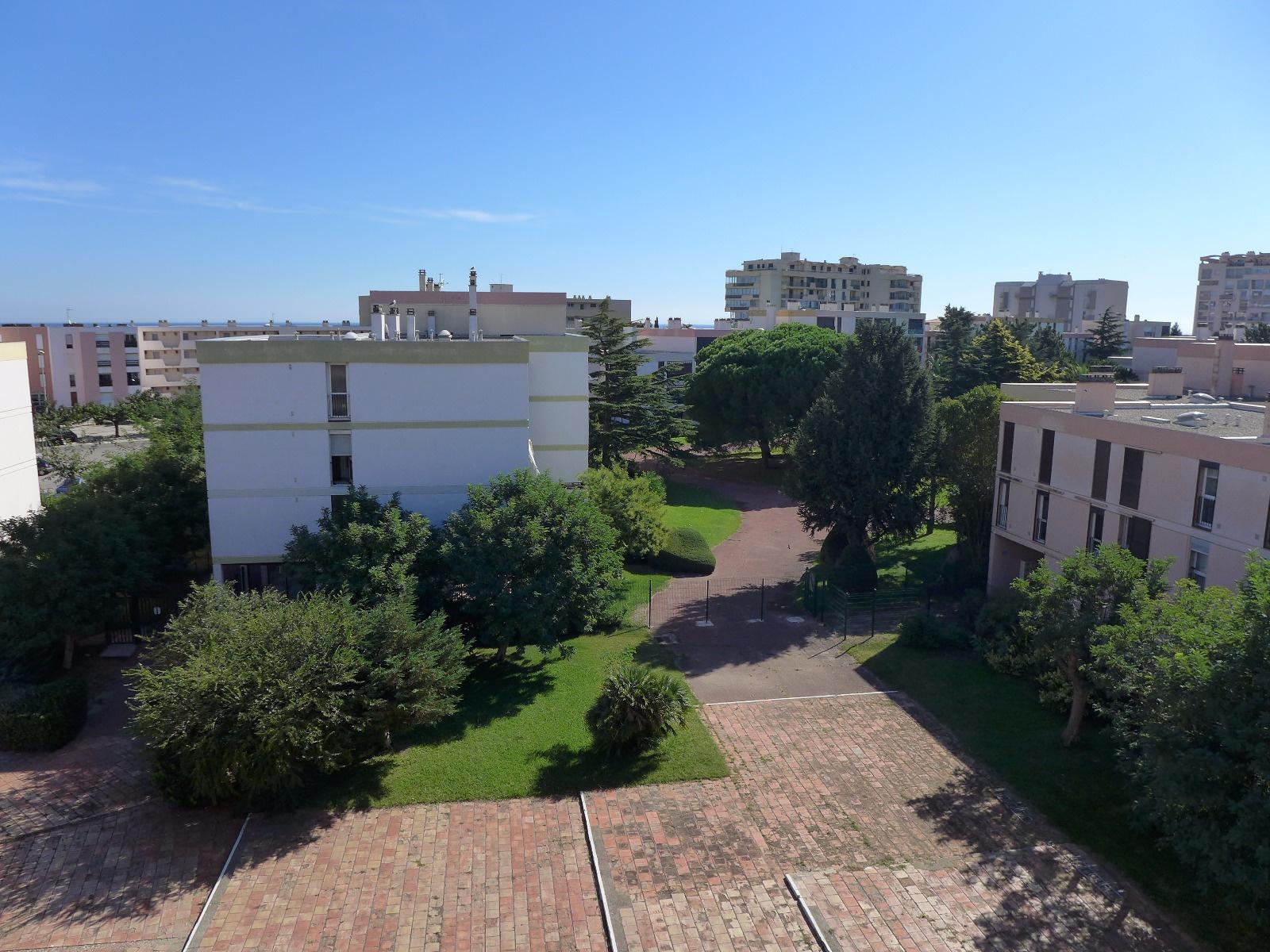 Vente achat st cyprien plage appartement proche port plage et commerces - Agence du port saint cyprien ...